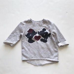 Old Navy mini/Mickey sweatshirt GUC 4T